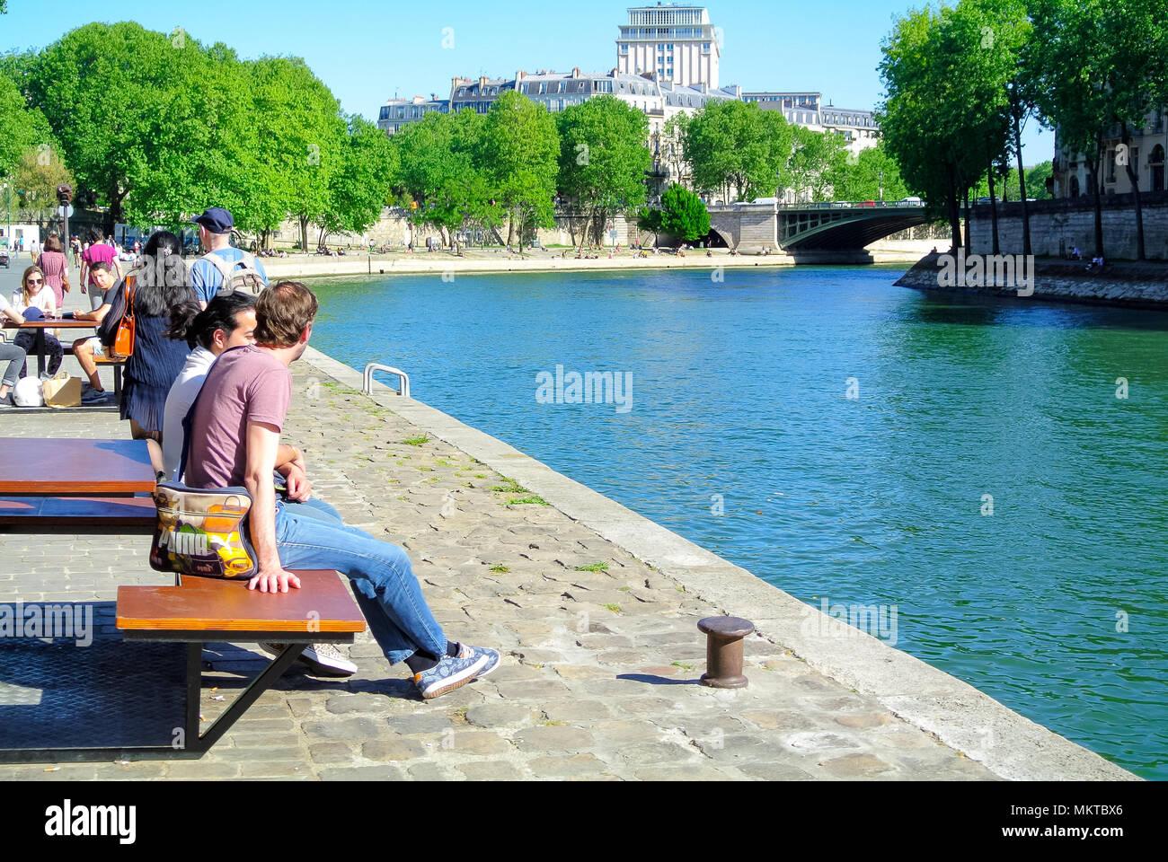 Río Sena, París, Francia Imagen De Stock