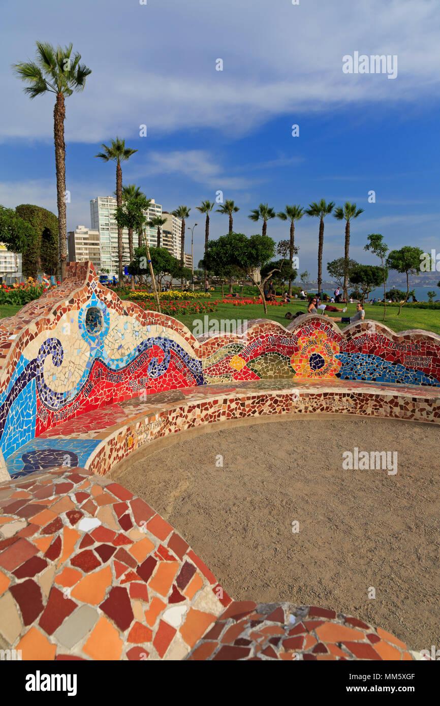 Parque de Amor, en el distrito de Miraflores, Lima, Perú. Imagen De Stock