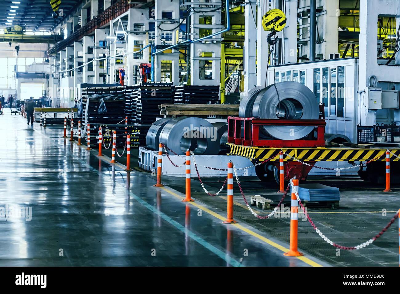 Taller de montaje interior en grandes plantas industriales Foto de stock