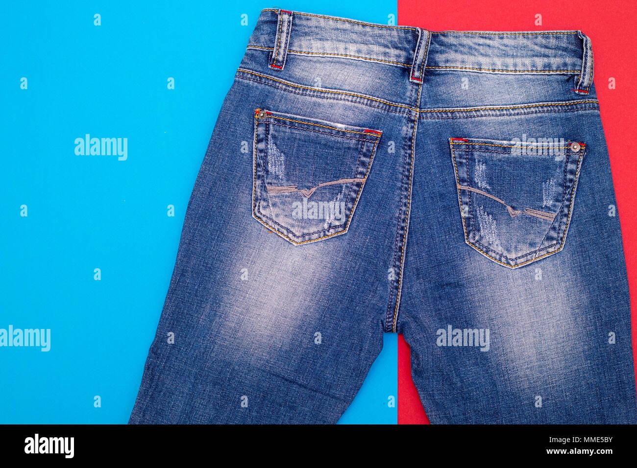 38895f4dae Holes Jeans Imágenes De Stock   Holes Jeans Fotos De Stock - Alamy