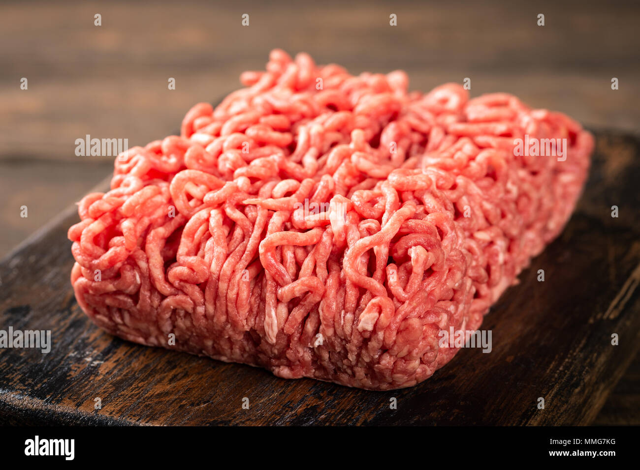 La carne picada de vacuno fresca cruda Imagen De Stock