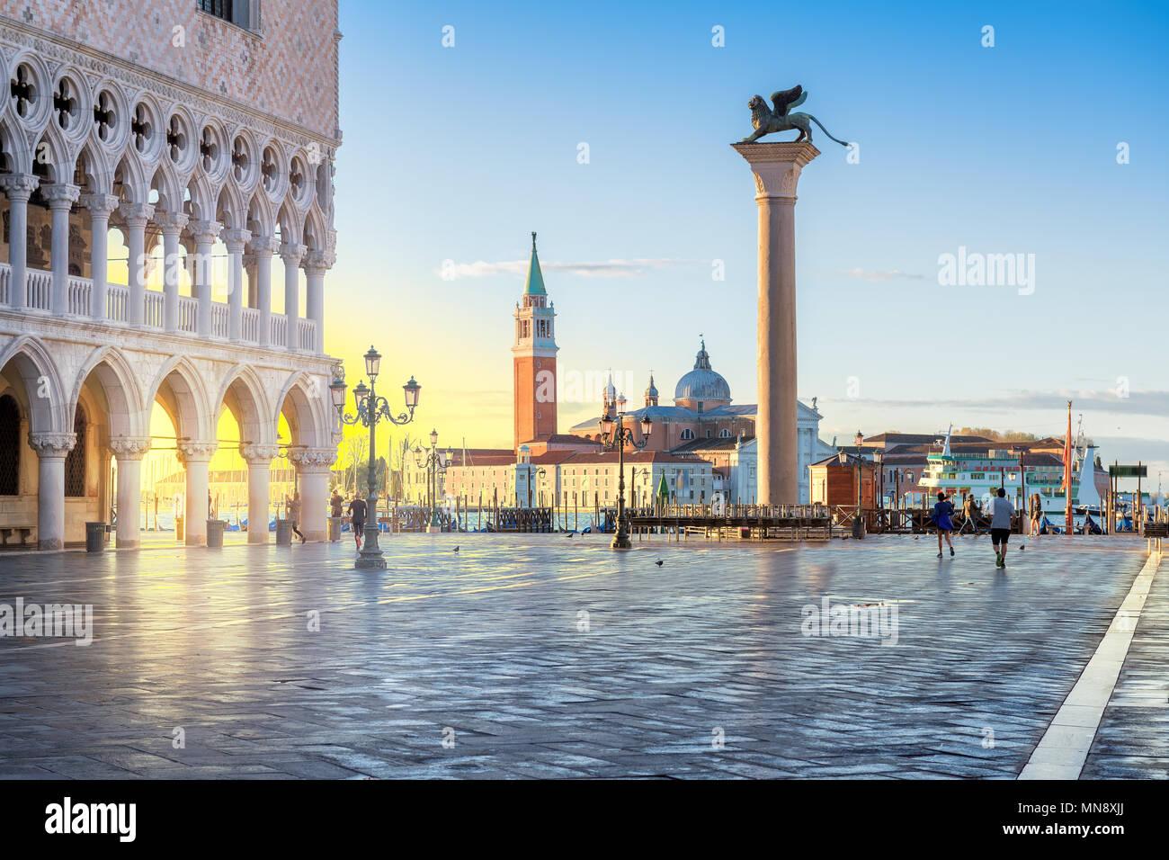 Amanecer en Venecia, San Marco, Venecia, Italia. Imagen De Stock