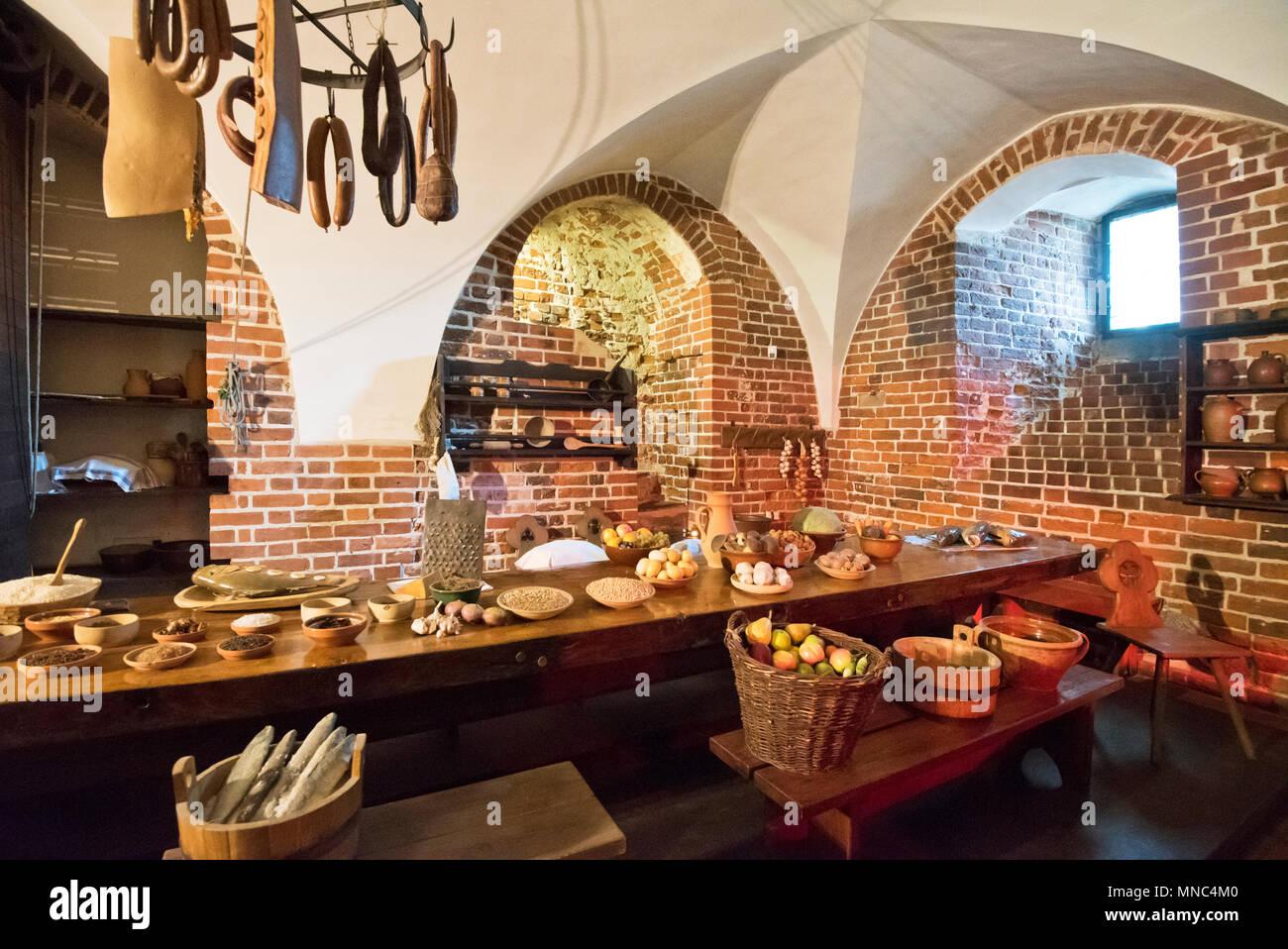 Cocina del siglo 13, el Castillo de Malbork, fundada por los caballeros de la Orden Teutónica, Sitio del Patrimonio Mundial de la Unesco. Pomerania, Polonia Imagen De Stock
