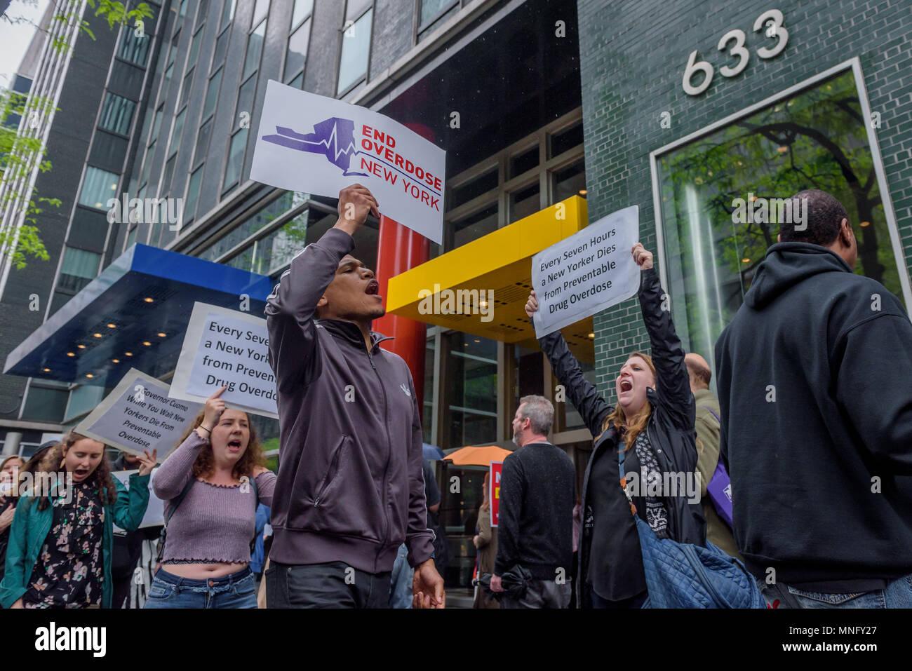 Life Safer Imágenes De Stock & Life Safer Fotos De Stock - Alamy