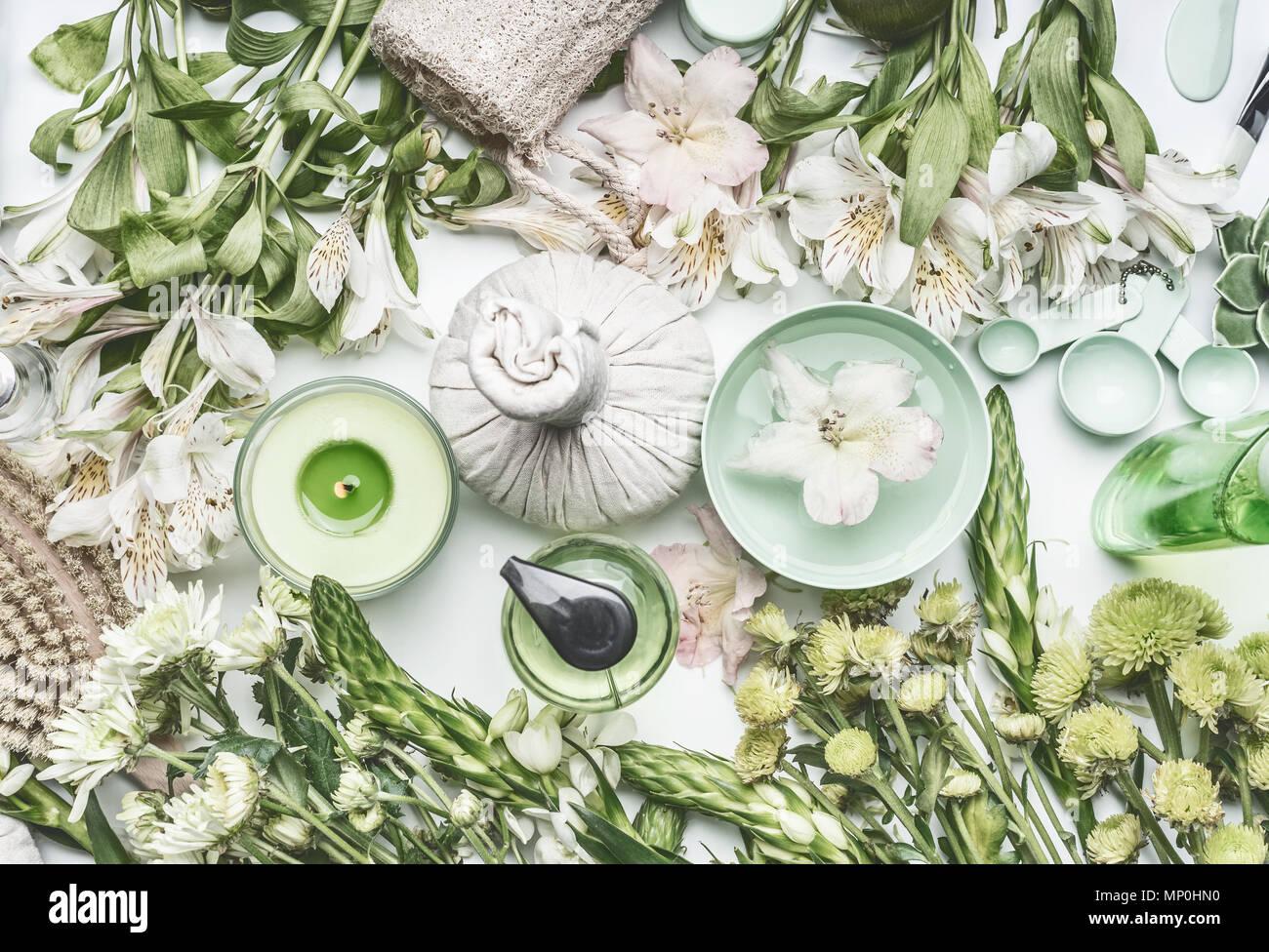 Bonito Uña De La Flor Y Spa Composición - Ideas Para Pintar Uñas ...