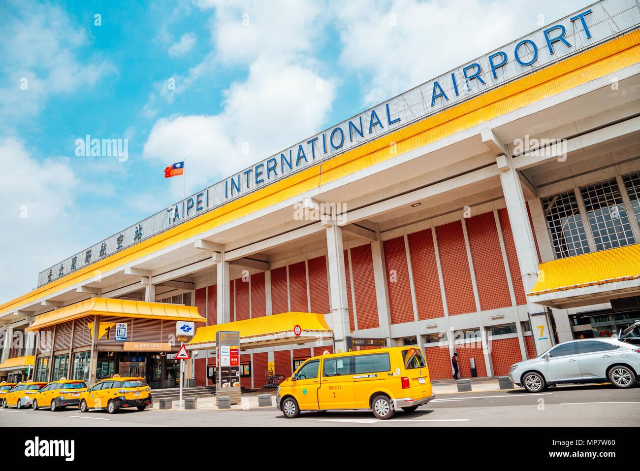Taipei, Taiwán - 25 de abril de 2018 : aeropuerto Songshan Imagen De Stock