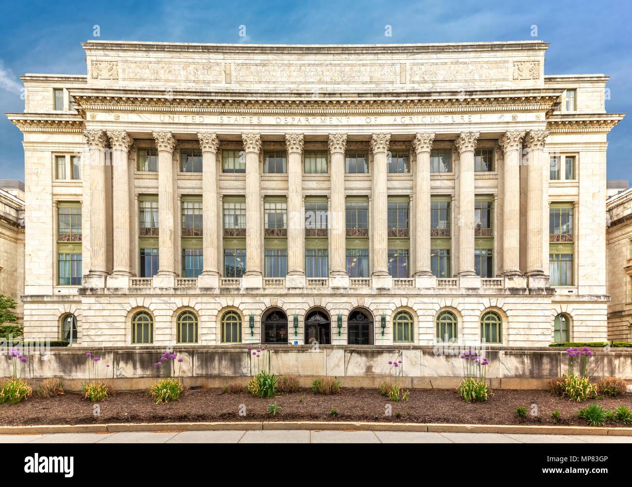 El Departamento de Agricultura de Estados Unidos (aka el edificio Jamie L. Whitten) en Washington DC. Foto de stock
