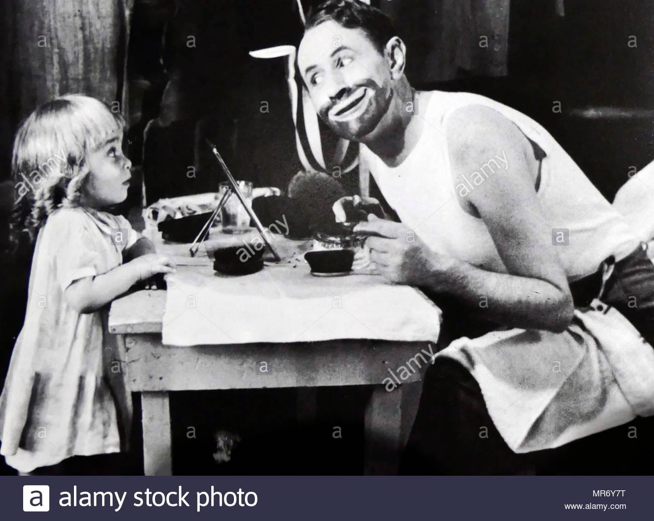 Eddie Lane (derecha) en el 'Memory Lane', es un perdido, en blanco y negro de 1929 película musical estadounidense. Es una adaptación de la obra la entiendo, escrita por Jo Swerling. Eddie Leonard (17 de octubre de 1870 - 29 de julio de 1941), nacido Lemuel Golden Toney, fue un vaudevillian y un hombre considerado el mayor juglar americano de su día, en un momento en el minstrel shows eran un entretenimiento aceptable y popular en los Estados Unidos Imagen De Stock