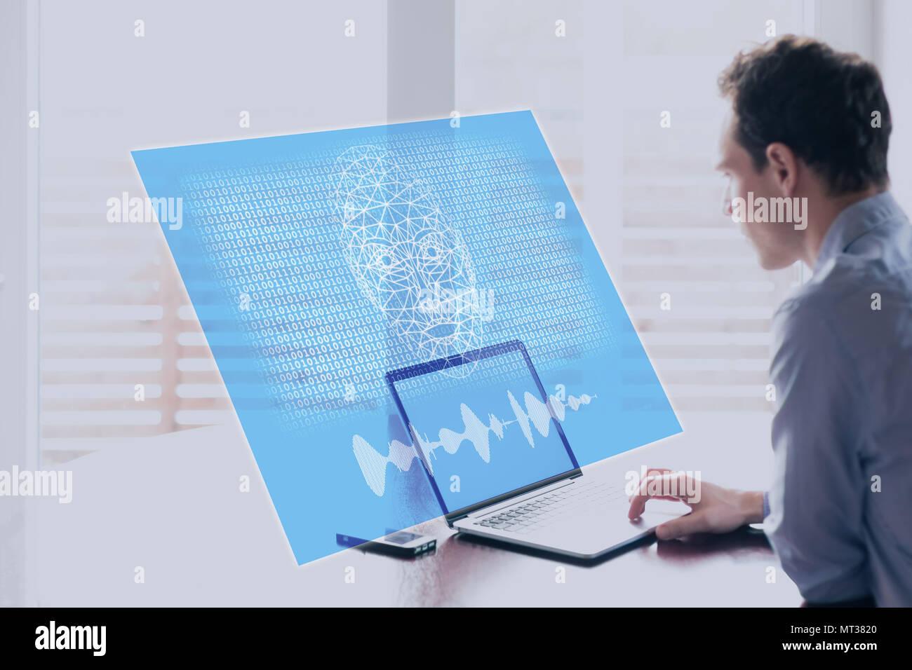 Concepto de Inteligencia Artificial con cara de robot holográfico hablando de derechos en la pantalla de ordenador con código binario, aprendizaje de máquinas y AI riesgos y t Foto de stock