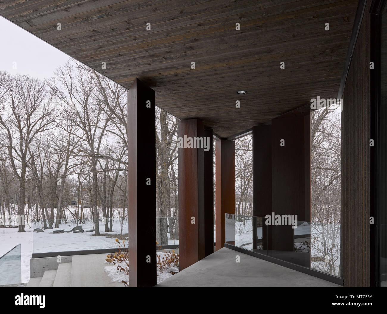 Terraza Trasera Casa De Paralelogramo Winnipeg Canadá