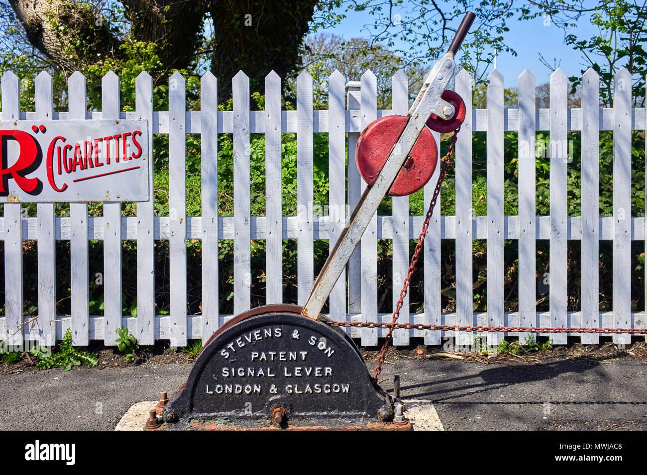 Palanca de señal en Castletown estación del tren de vapor en la Isla de Man Foto de stock