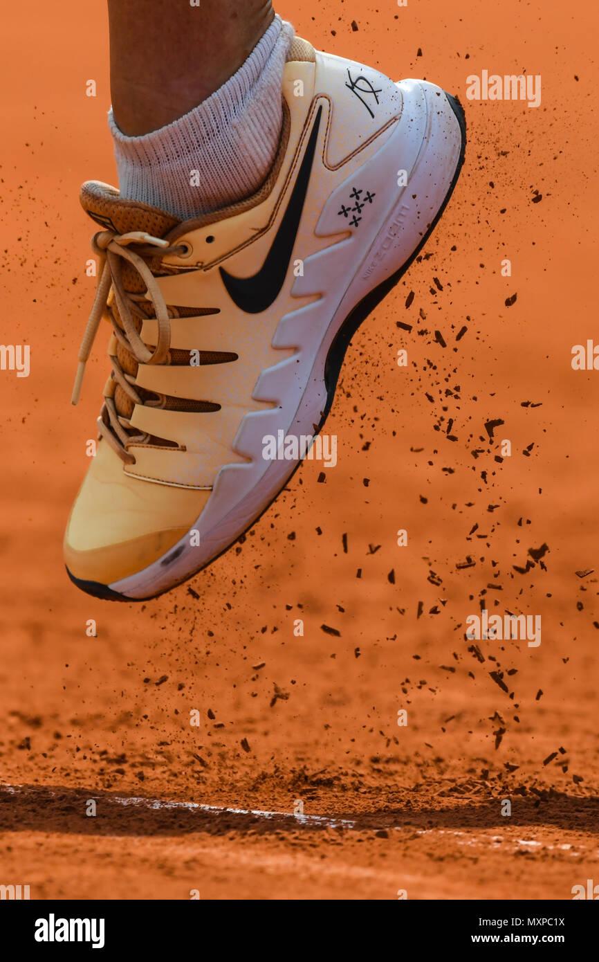 Interminable brillo Final  Maria Sharapova, calzado, corte de arcilla Fotografía de stock - Alamy