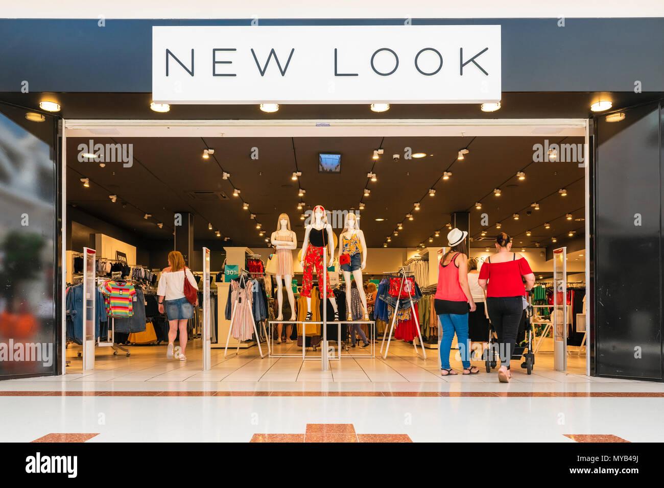 Nuevo look tienda en el Reino Unido. Foto de stock