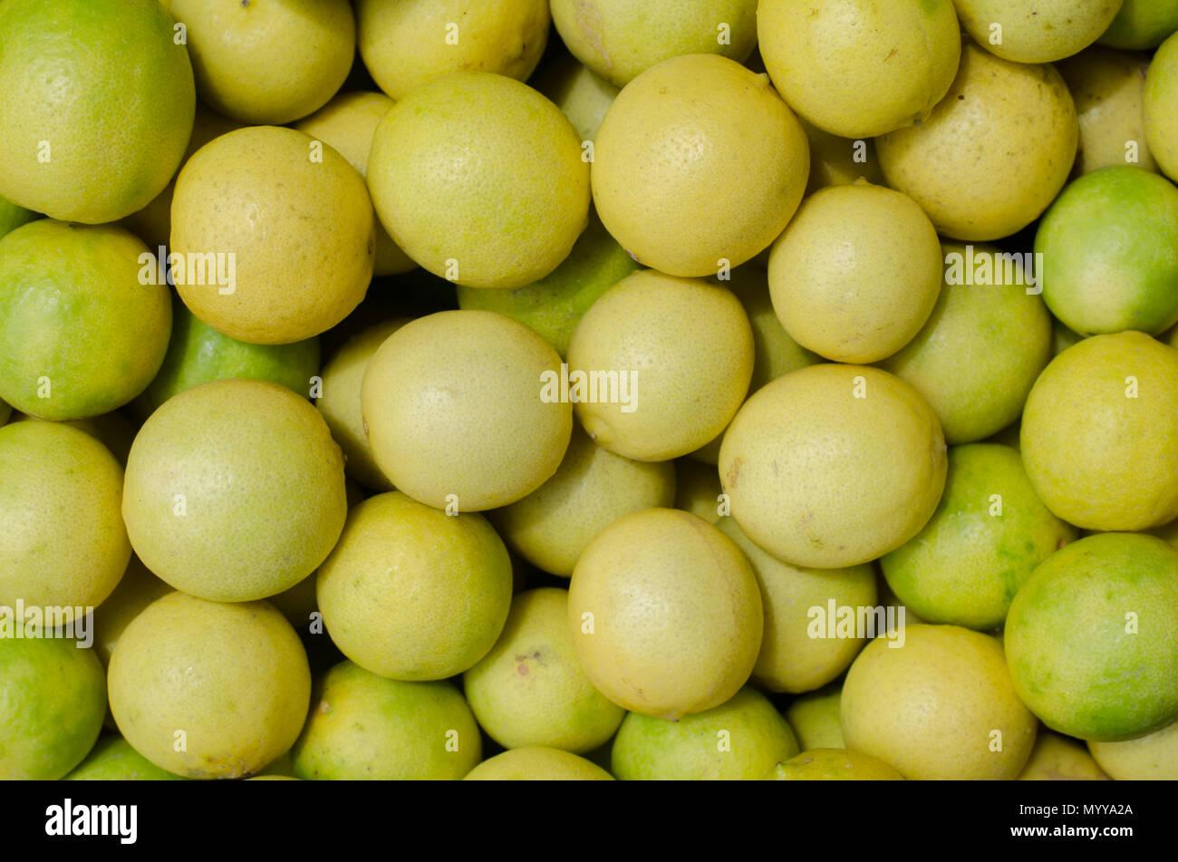 Limones maduros Imagen De Stock