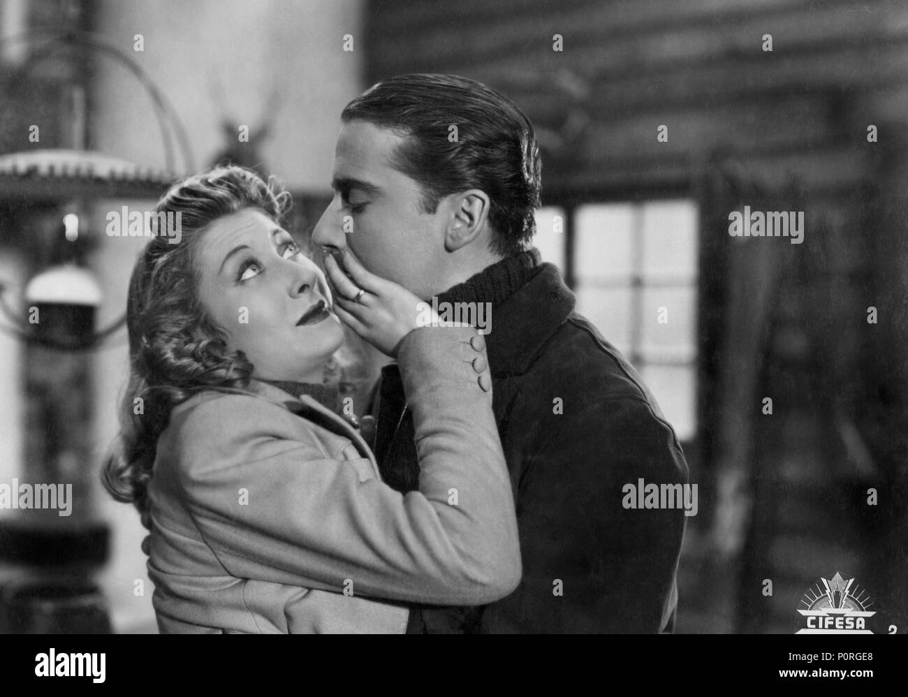 El título de la película original: ONU MARIDO UN PRECIO FIJO. Título en inglés: ONU MARIDO UN PRECIO FIJO. El director de cine: GONZALO DELGRAS. Año: 1942. Estrellas: LINA YEGROS. Imagen De Stock
