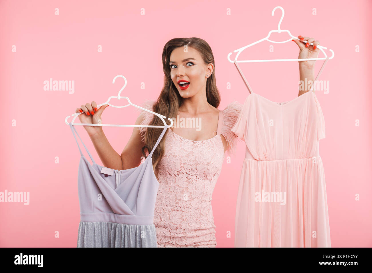 Dresses On Hangers Imágenes De Stock & Dresses On Hangers Fotos De ...