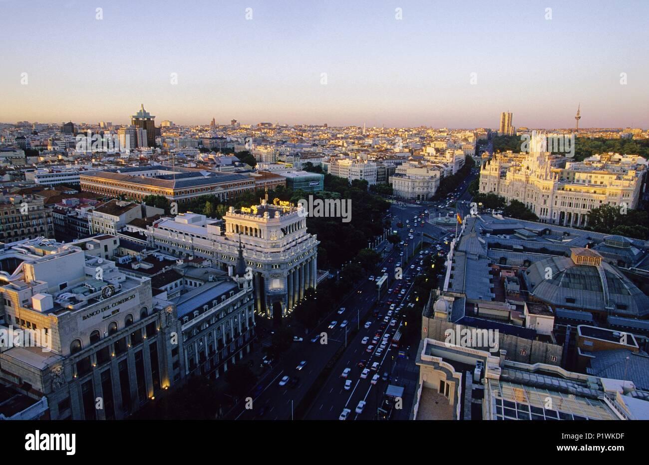 Vista Desde El Círculo De Bellas Artes Terraza A La Plaza