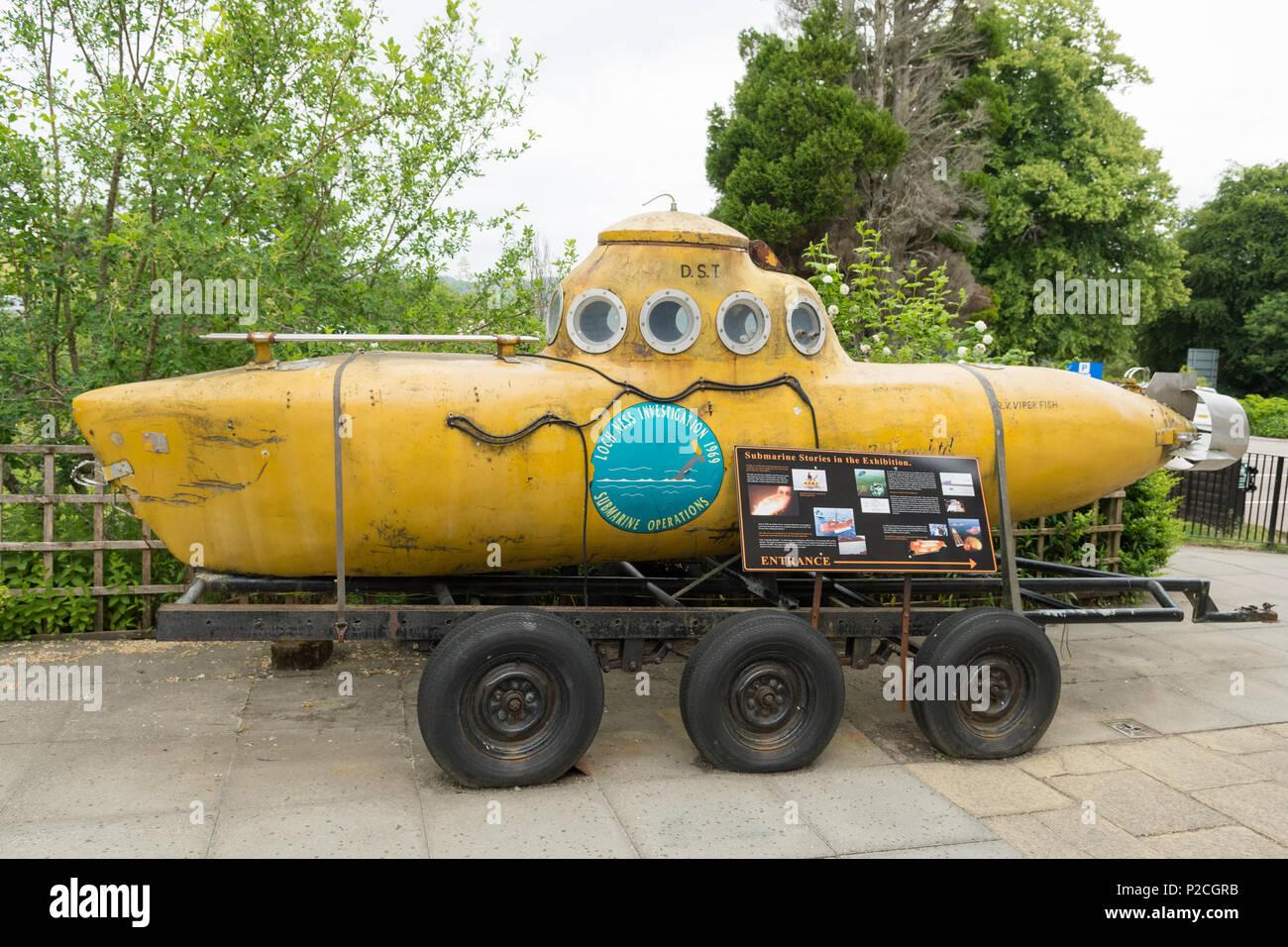 Loch Ness submarino - RV Viperfish - Centro de Loch Ness y exposición, Drumnadrochit, Escocia, Reino Unido Imagen De Stock