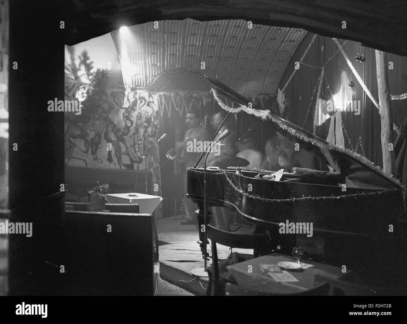 ee02d28c7 Concierto de jazz en la sala Jamboree. Barcelona, a principios de ...
