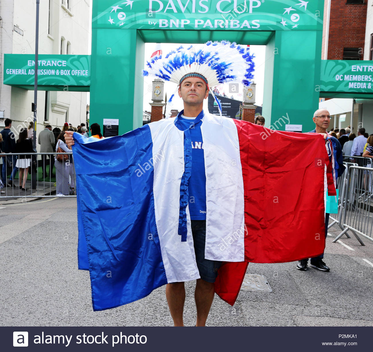 Los aficionados al tenis COPA DAVIS - jefe indio 9dfa4e42fb5