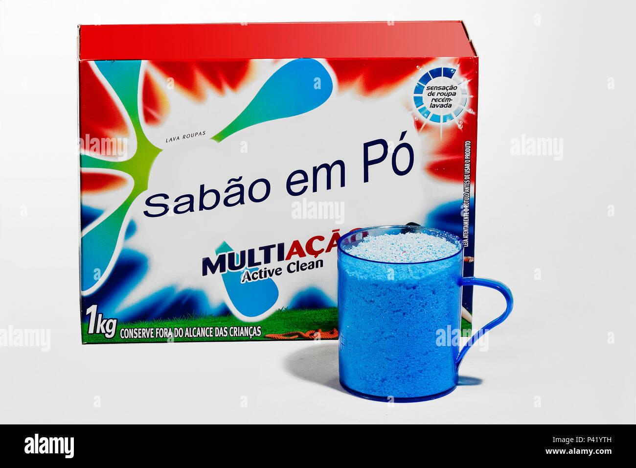 Sabão em pó Sabão para lavar roupas embalagem de sabão em com 1 kilo de lava roupas em pó higiene das roupas produto de limpeza Imagen De Stock