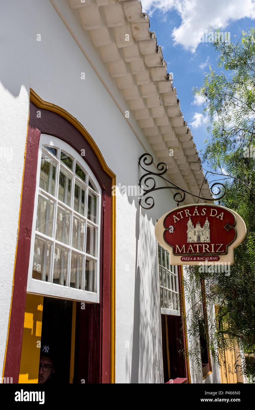 Detalhe da fachada do Restaurante 'Atrás da Matriz' - TIRADENTES / MG - Brasil - 25/01/2014 (Foto: Nereu Jr / Fotoarena) Imagen De Stock