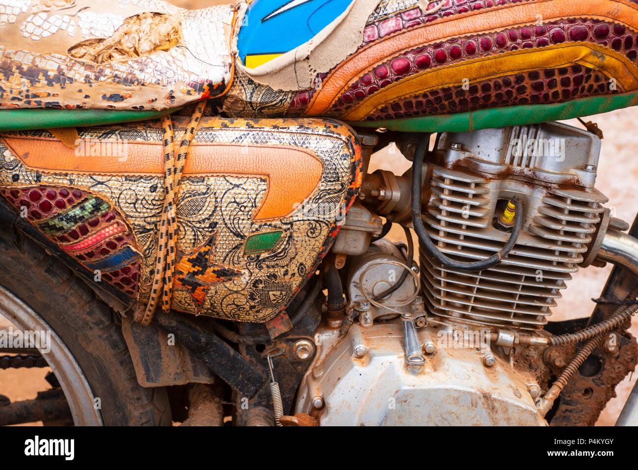 Decoradas en motocicleta Ntue, Camerún Imagen De Stock