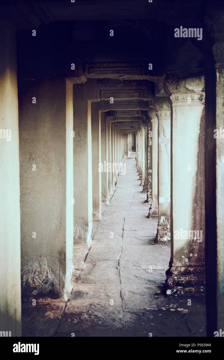 Pasaje en Temple - Camboya Foto de stock