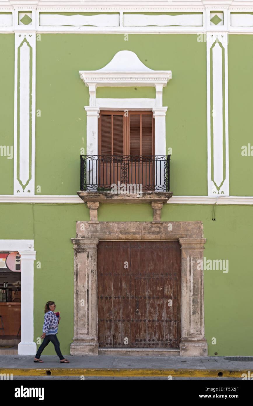 En La Fachada De La Casa Verde Campeche México Foto Imagen De