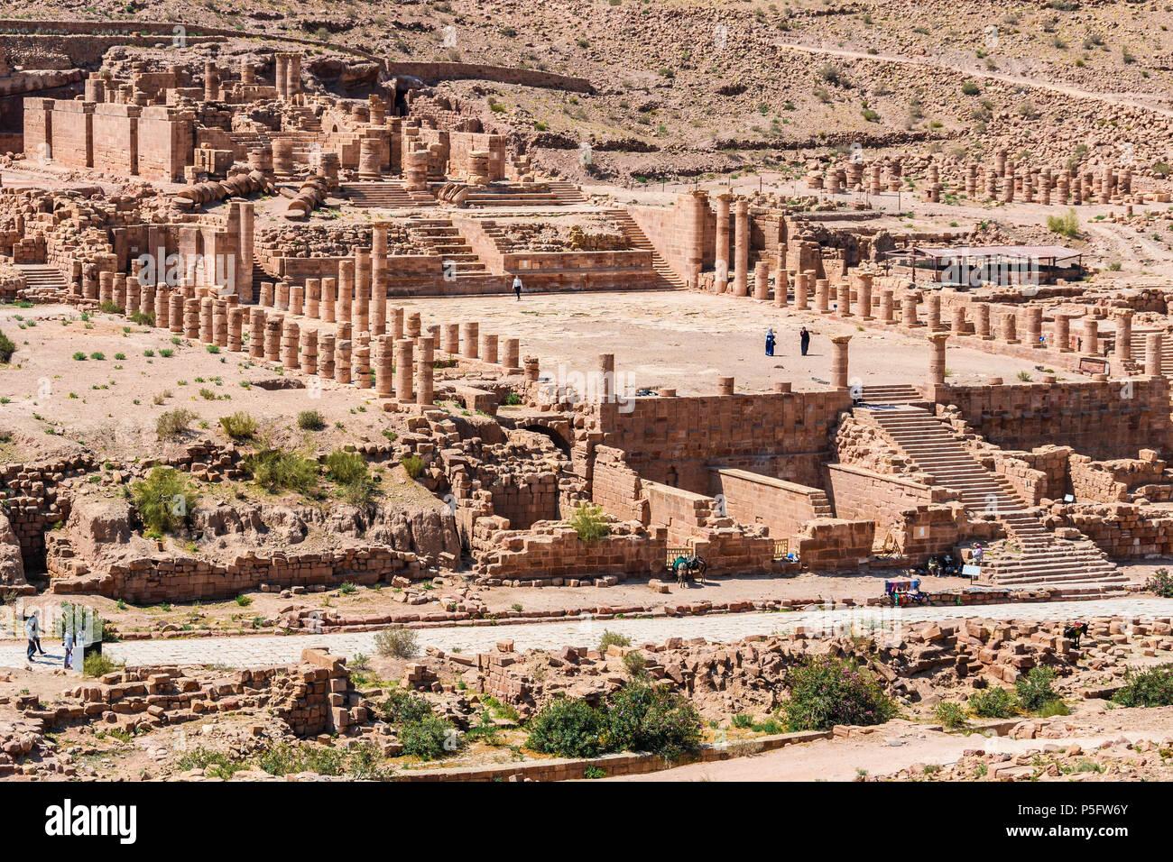 El Gran Templo de la ciudad perdida de Petra, Jordania Imagen De Stock