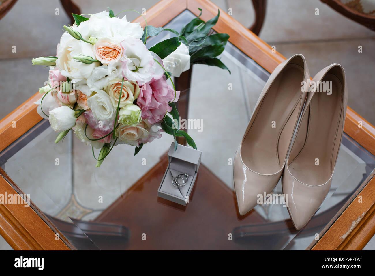 Anillos de boda con un diamante 071250128d72