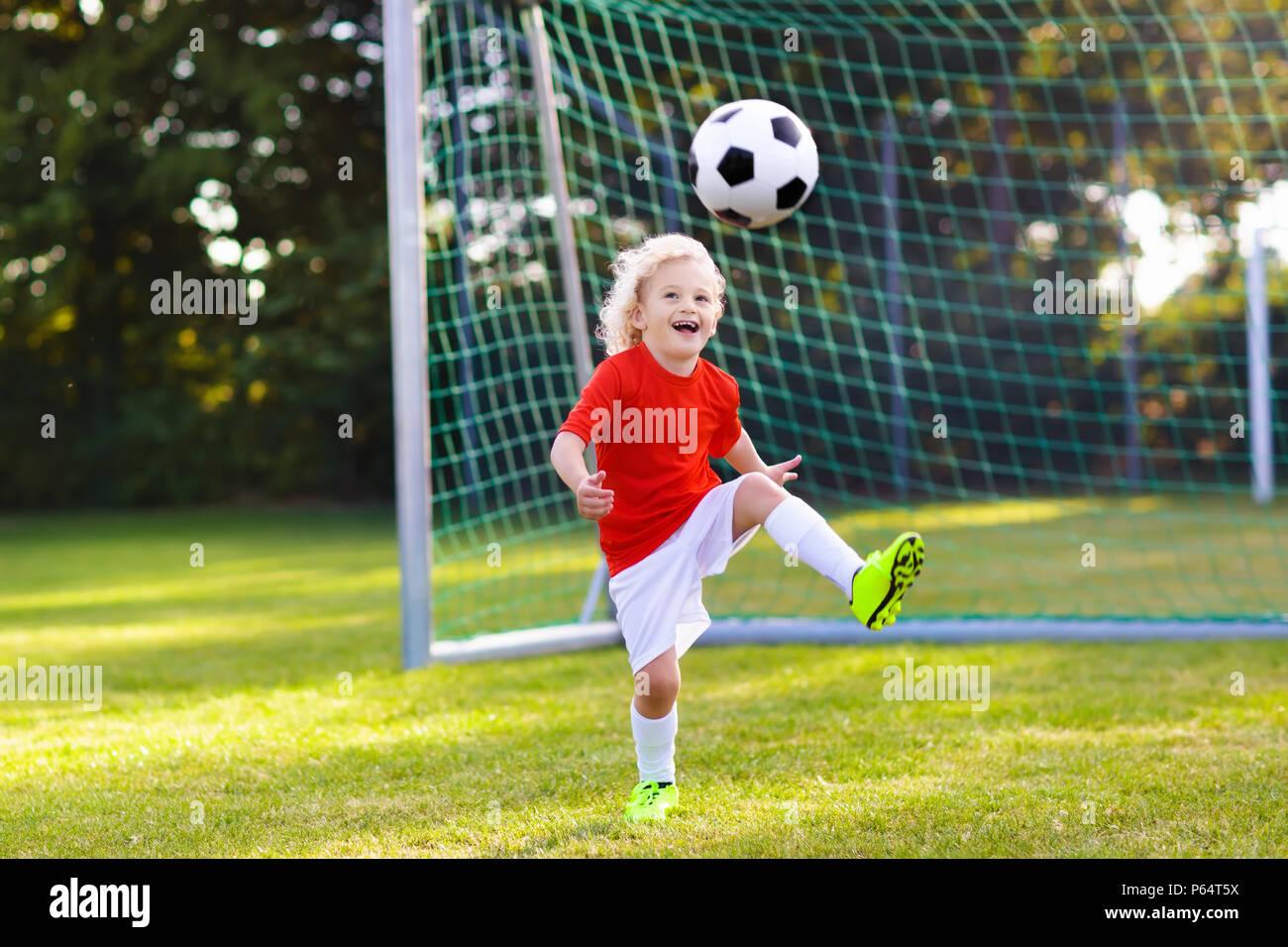 Soccer Play Boy Kick Goal Ball Imágenes De Stock   Soccer Play Boy ... edbc9595de1a5