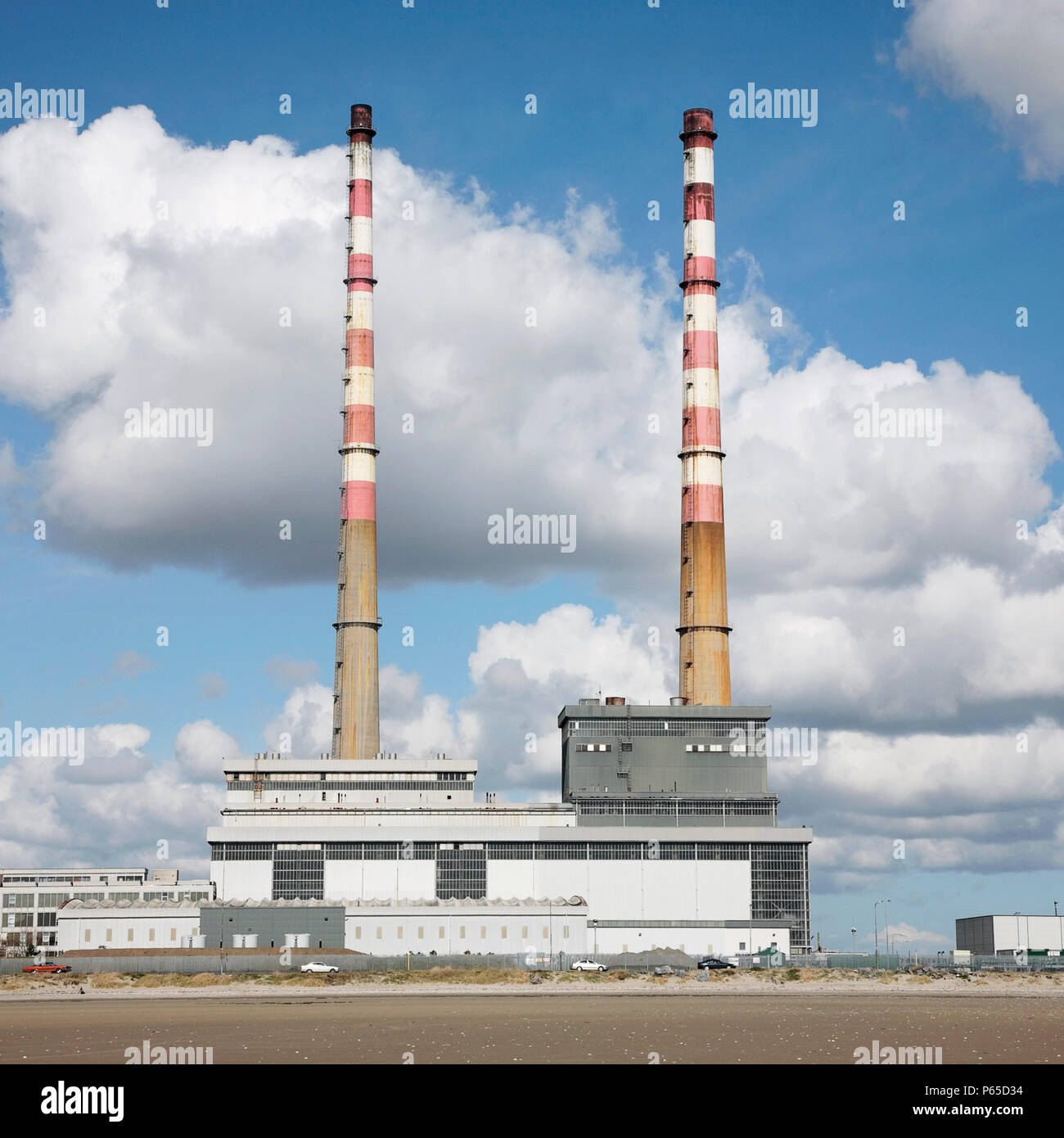 Poolbeg Power Station, Ringsend, Dublín, Irlanda 2008 Foto de stock