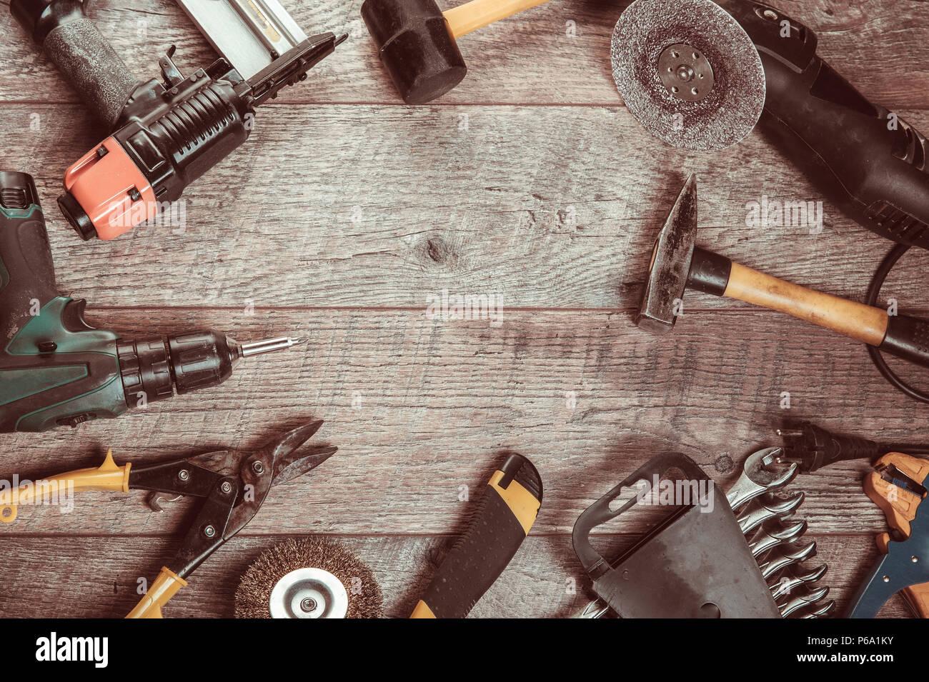 Herramientas eléctricas manuales, destornillador, taladro rompecabezas Sierra jointer. Foto de stock