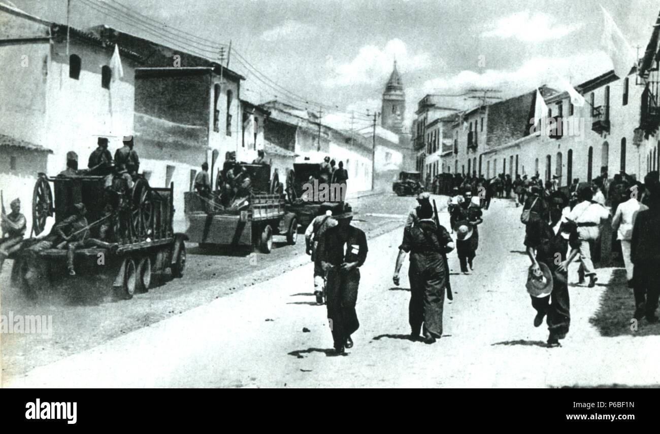 Guerra civil espa ola 1936 1939 zona nacional tropas nacionales entrando en mor n de la - Fotos de moron de la frontera ...