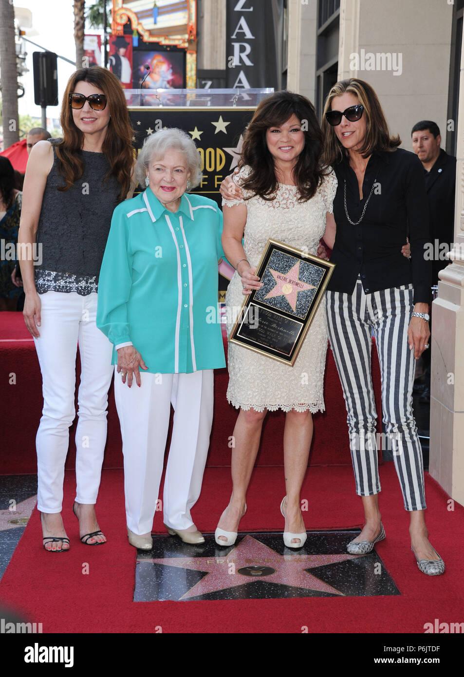 Valerie Bertinelli Betty White Jane Leeves Wendy Malick Honrado Con Una Estrella En El Paseo De