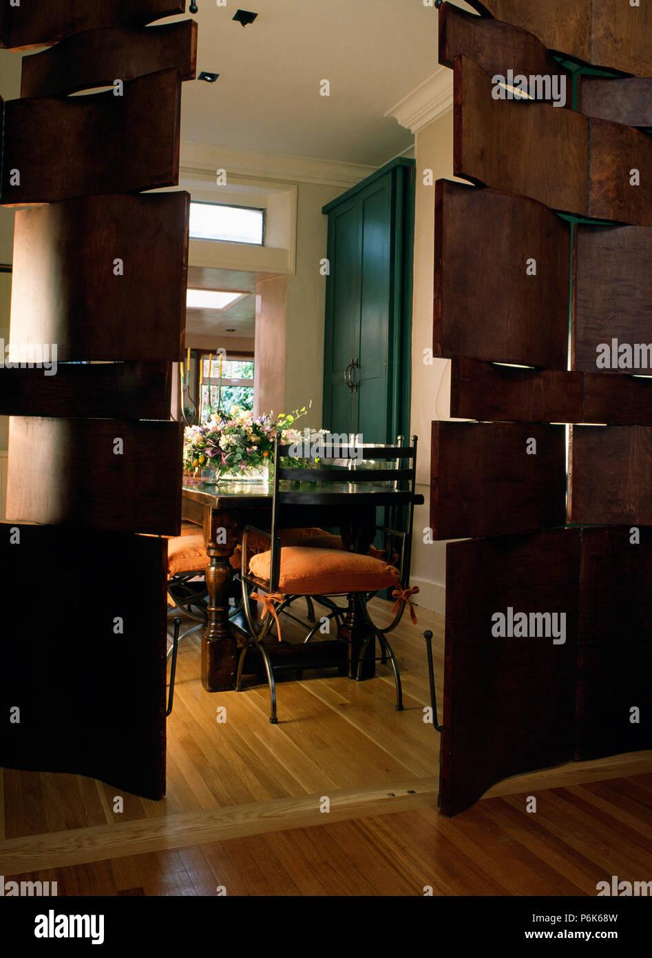 Puertas seccionadas modernos de madera para comedor moderno ...