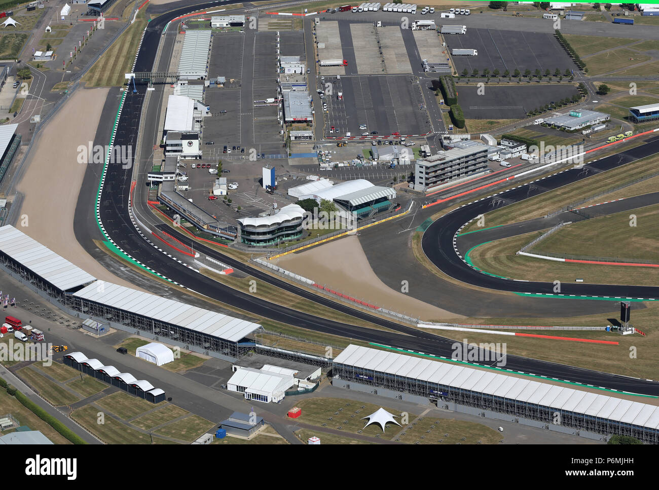Circuito De Silverstone : Vista aérea del circuito de carreras de silverstone una semana