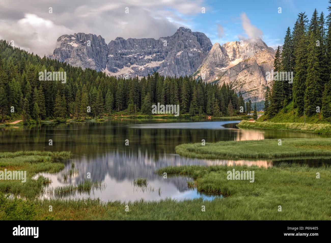 Lago Misurina, Belluno, Veneto, Dolomitas, Italia, Europa Foto de stock