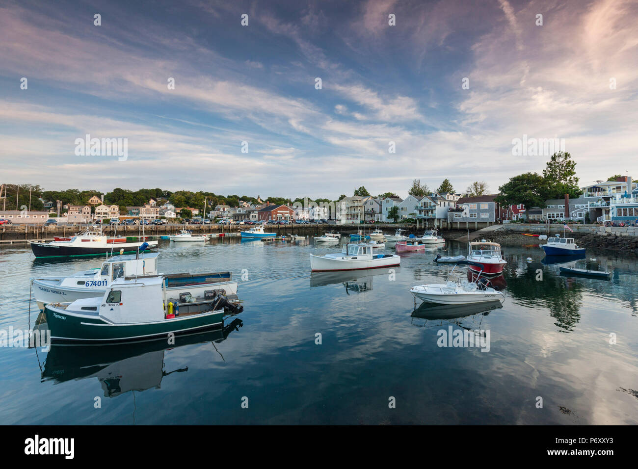Estados Unidos, Massachusetts, Cape Ann, Rockport, Rockport Harbor, el anochecer Imagen De Stock