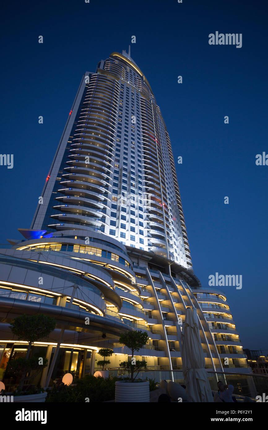 La dirección Downtown Hotel, en el centro de la ciudad, Dubai, Emiratos Árabes Unidos. Imagen De Stock