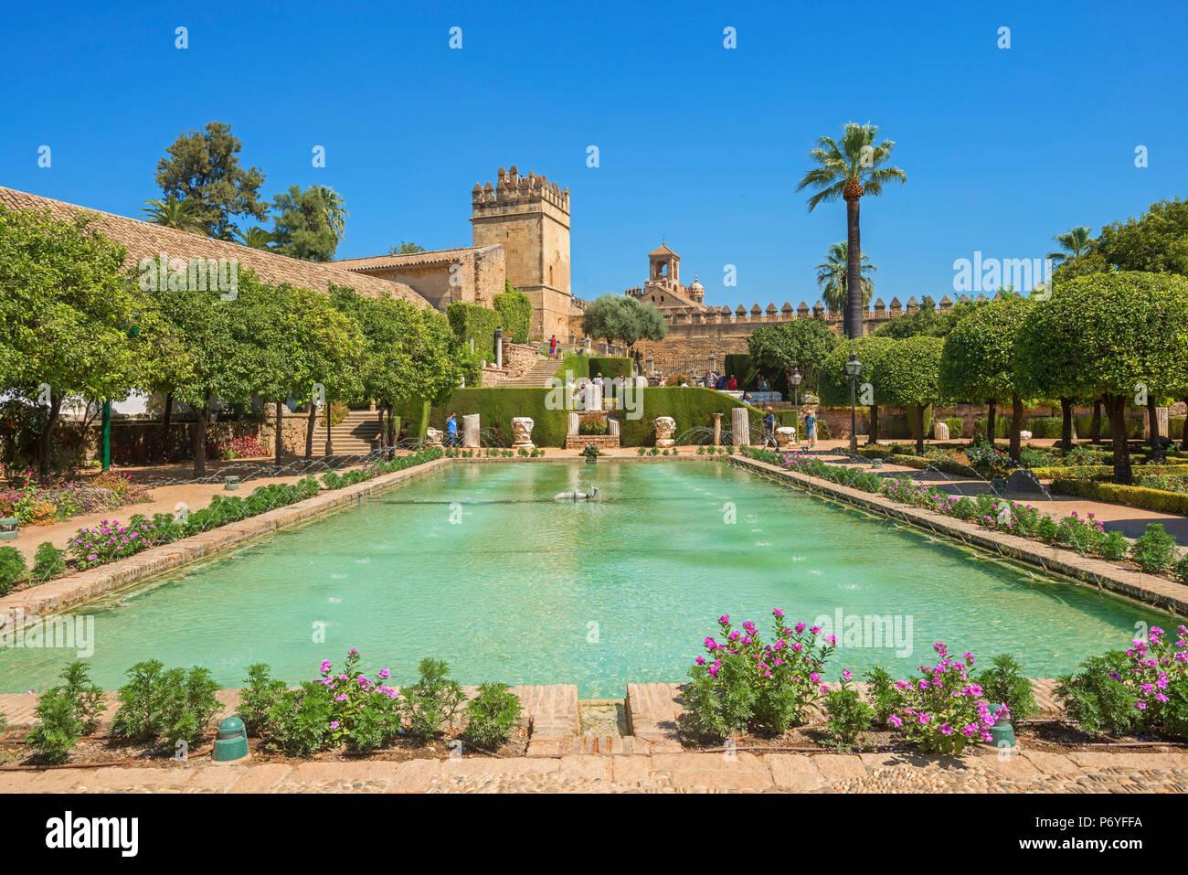 Jardines del Alcázar de los Reyes Crhistian (Alcázar de los Reyes Cristianos), Córdoba, Andalucía, España Imagen De Stock