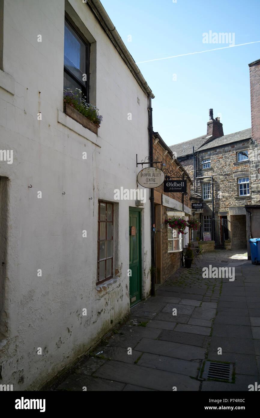 Callejón tímidas en la histórica ciudad de Lancaster, Inglaterra Imagen De Stock