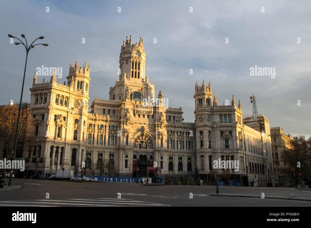 Palacio De Comunicaciones City Hall De La Plaza De Cibeles