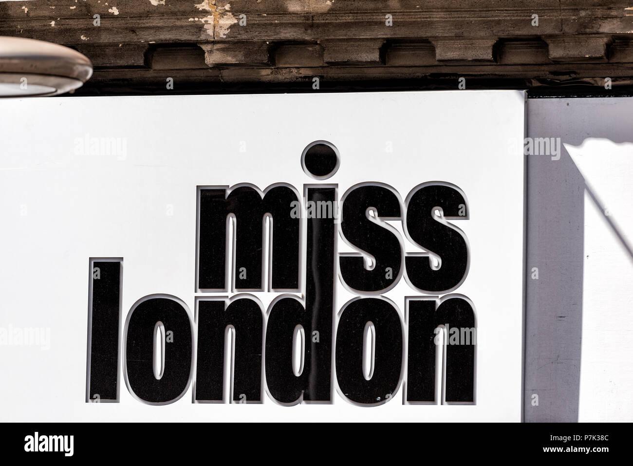 085e86748 Miss Westminster Imágenes De Stock   Miss Westminster Fotos De Stock ...