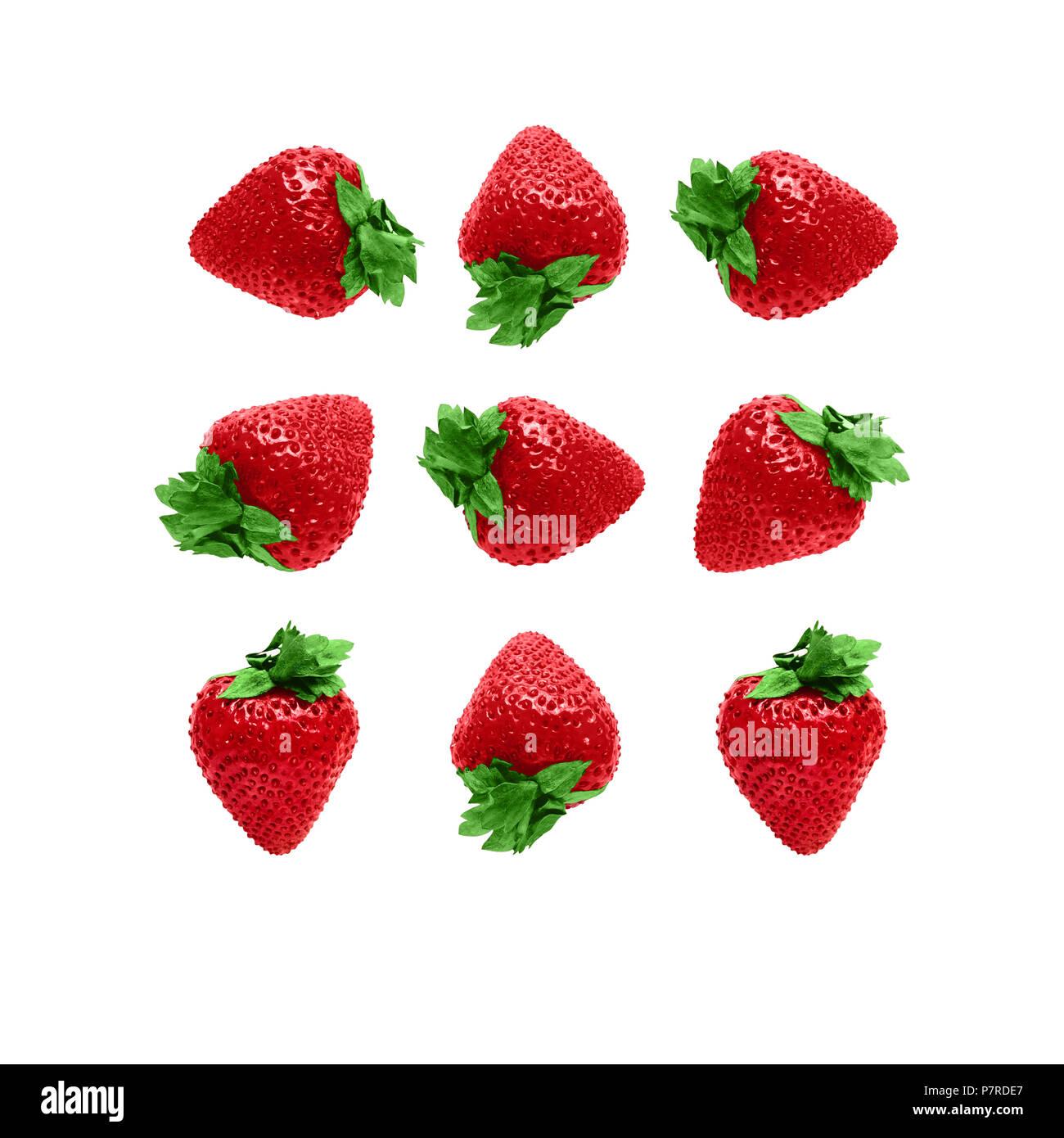 Modelo muchas fotos de fresa madura fresas jugosas están situadas en diferentes ángulos sobre un fondo blanco. Imagen De Stock