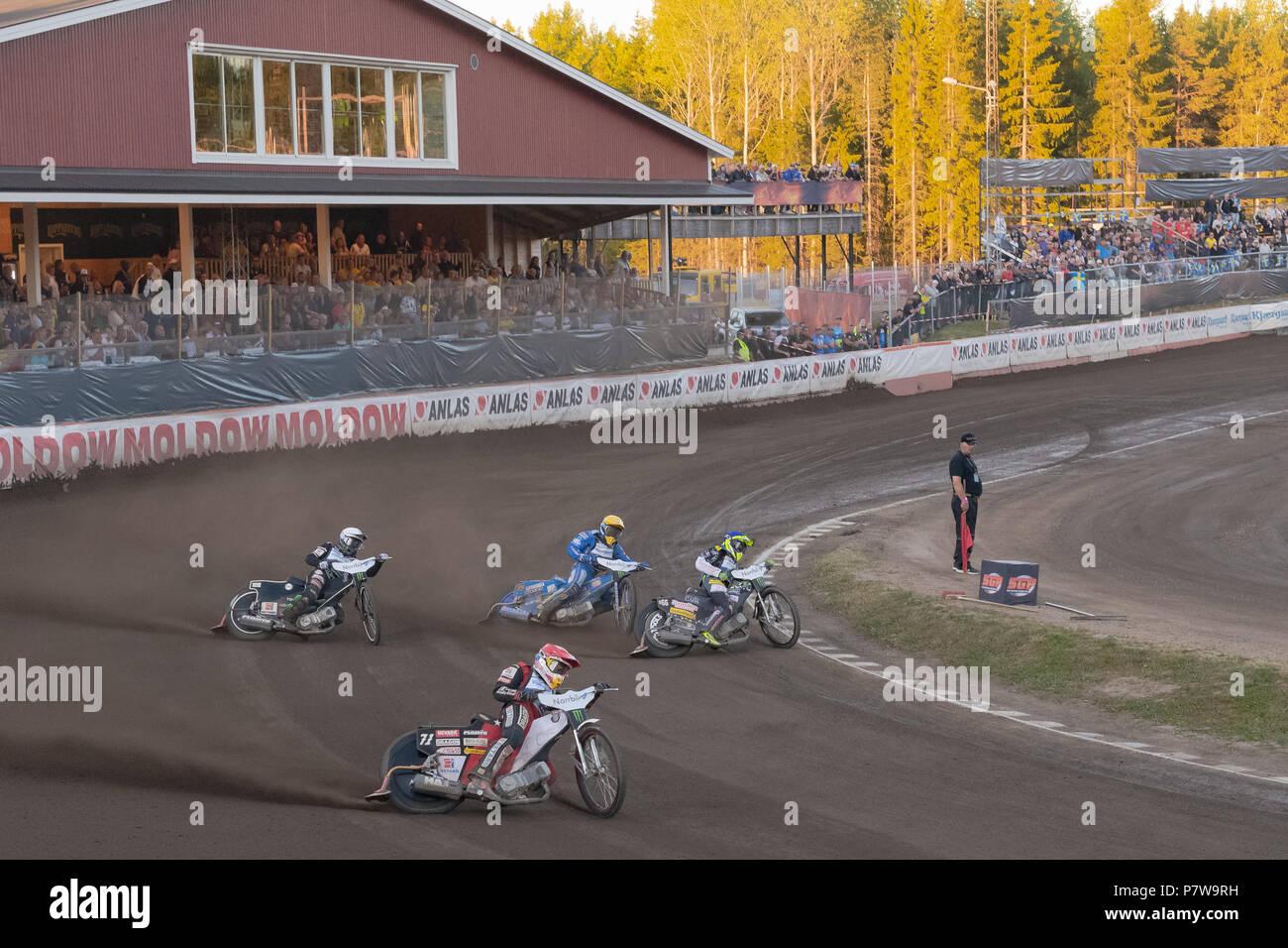 Hallstavik, Suecia. El 7 de julio de 2018. Final en la FIM Speedway Grand Prix en HZ Hallstavik Bygg en arena. Crédito: Stefan Holm/Alamy Live News Imagen De Stock