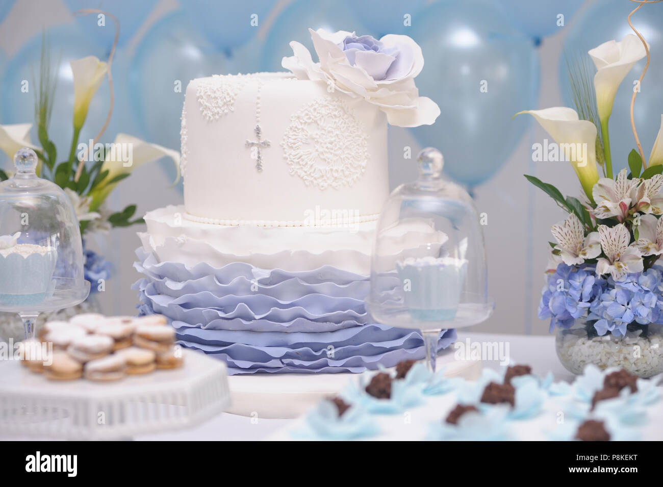 Pastel Para Bautizo Catolico Foto Imagen De Stock 211870284 Alamy