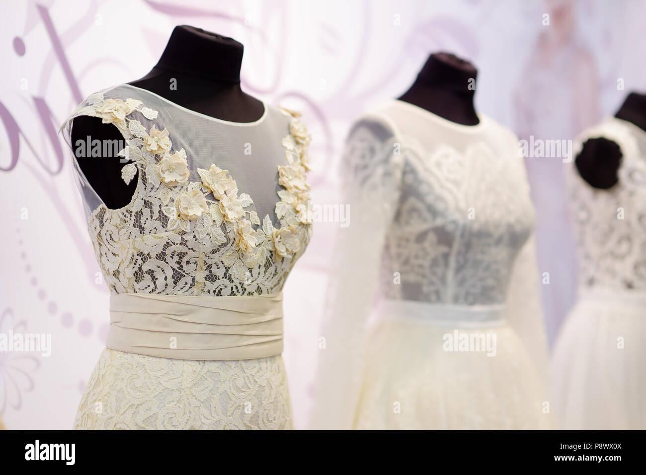 5a68284e4c Beautiful Wedding Dress On Mannequin Imágenes De Stock   Beautiful ...