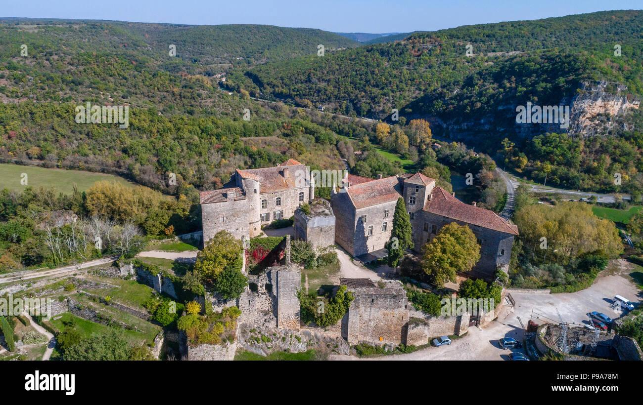 Francia, Tarn et Garonne, Quercy, Bruniquel, etiquetados Les Plus Beaux aldeas de France (Los pueblos más bellos de Francia), el pueblo construido en un roc Imagen De Stock